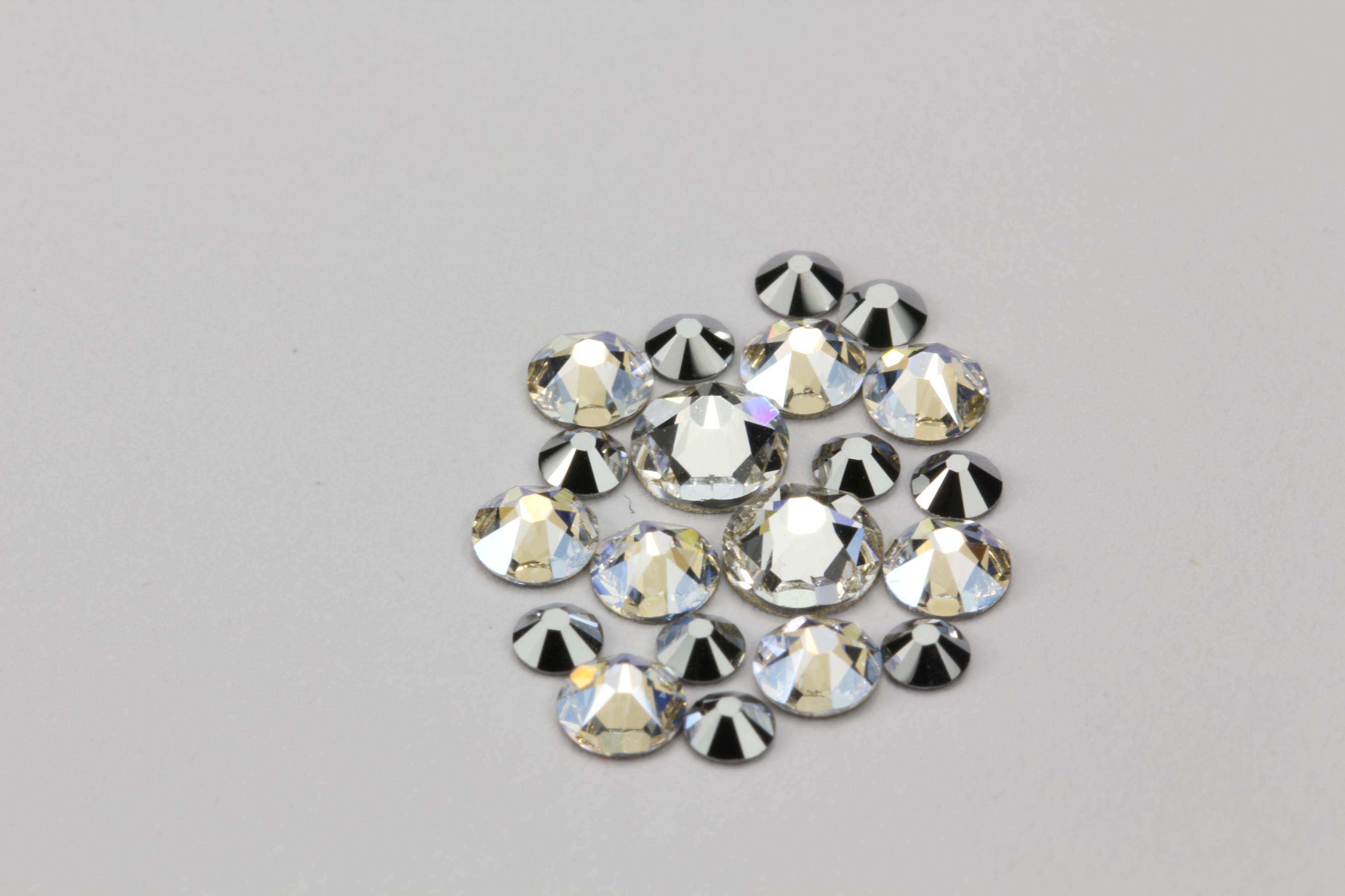Набор для нейл-арта Swarovski minimix005 кристаллы swarovski crystal moonlight 1 8 мм 30 шт