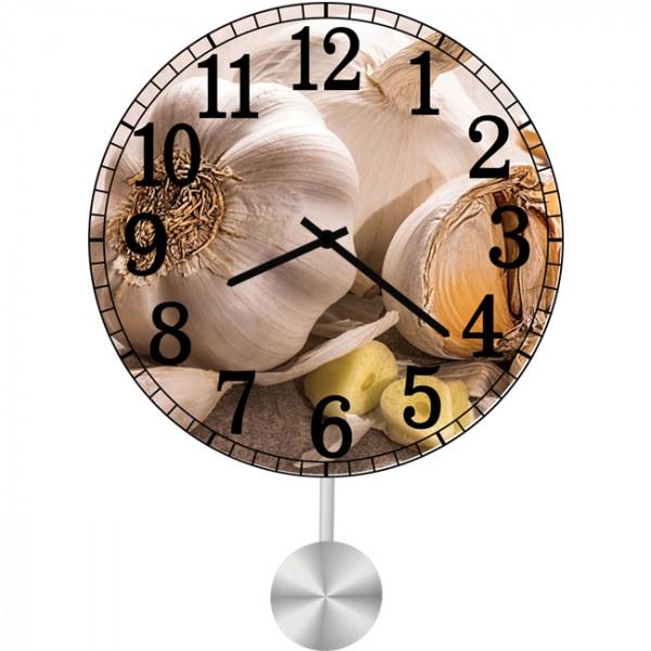 Настенные часы Kitchen Interiors 35113113511311Настенные часы с маятником для кухни. Механизм: Кварцевый; Корпус: Дерево; Размер: Диаметр 35 см;Рисунок: Чеснок