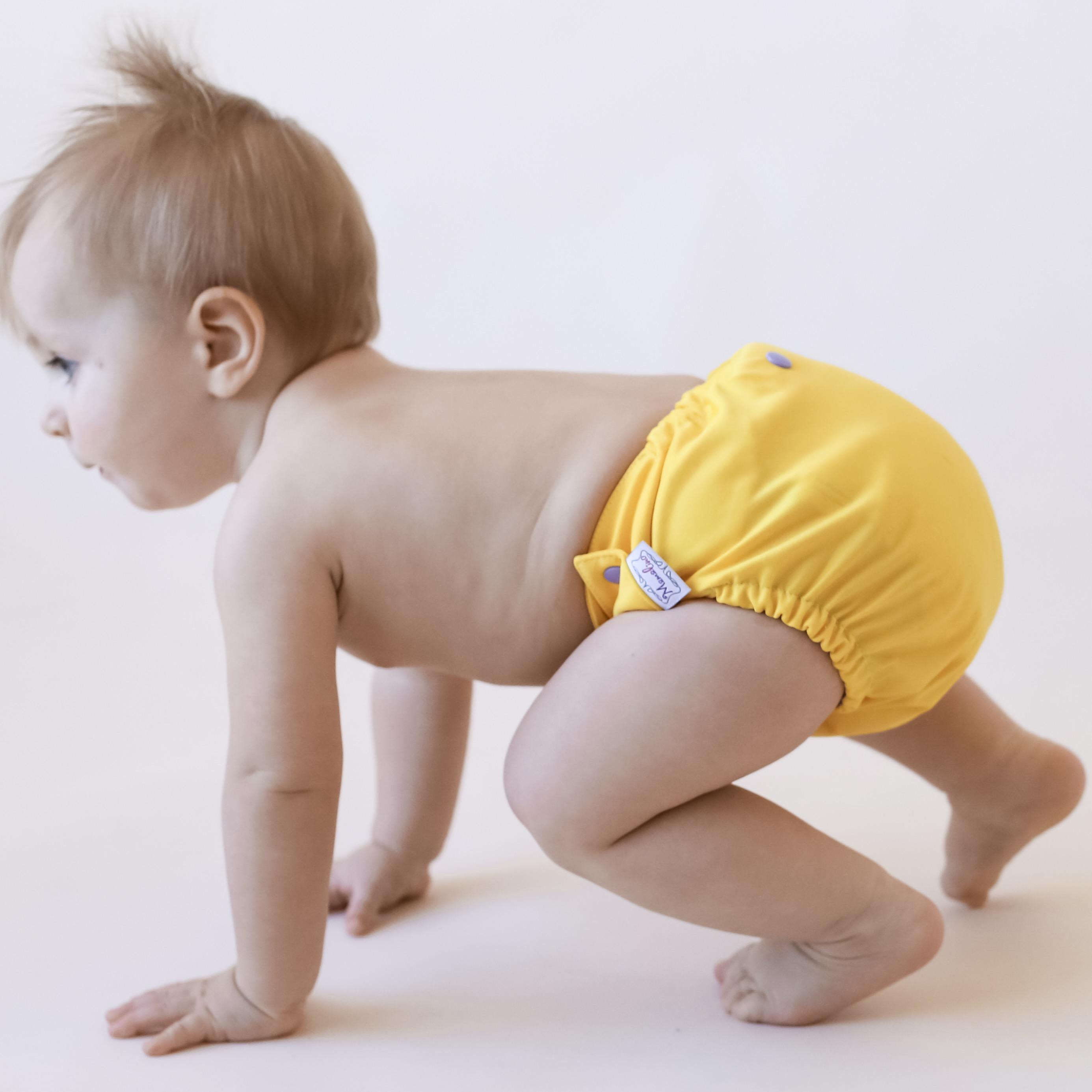 Картинка малышей в подгузниках