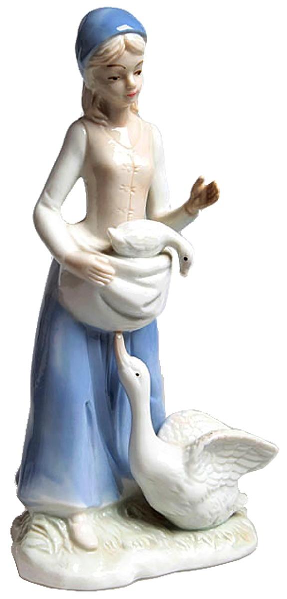 Статуэтка Девушка с гусями. Фарфор роспись. Западная Европа 1970-е гг. западная европа и культурная экспансия американизма