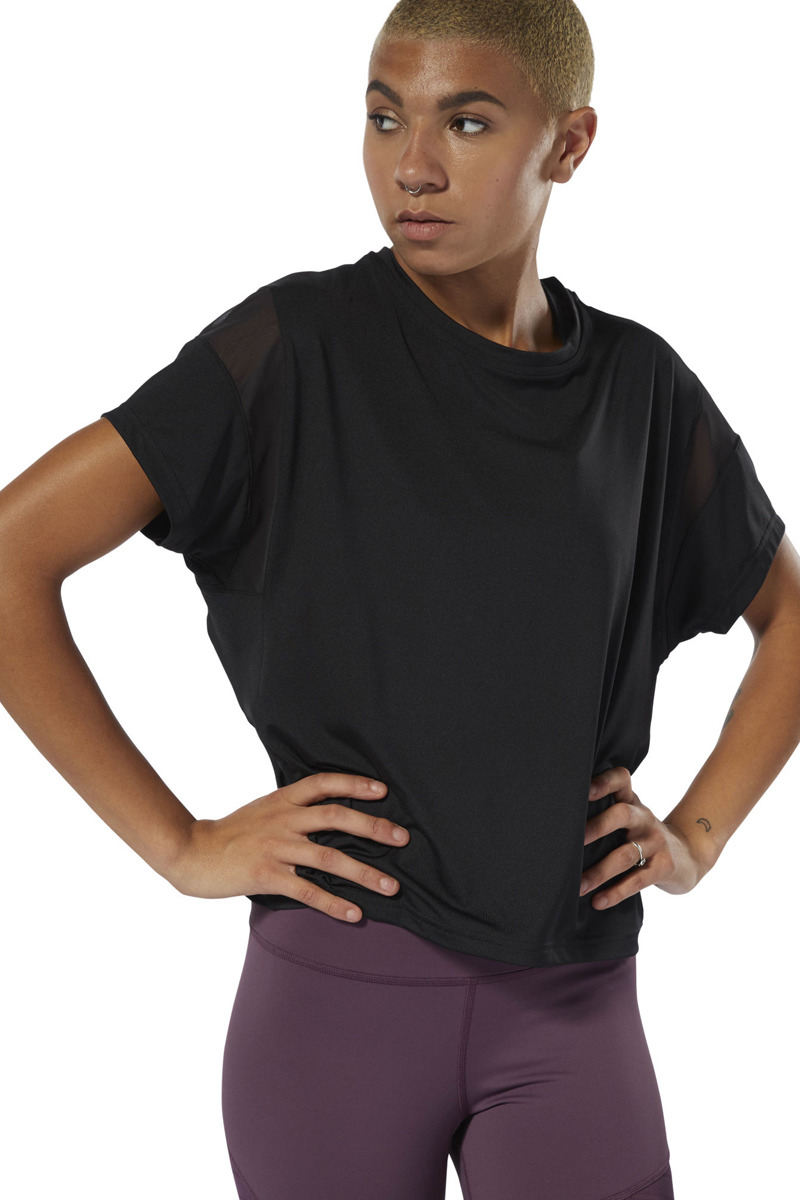 Футболка женская Reebok C Tee, цвет: черный. DW7168. Размер S (44)DW7168