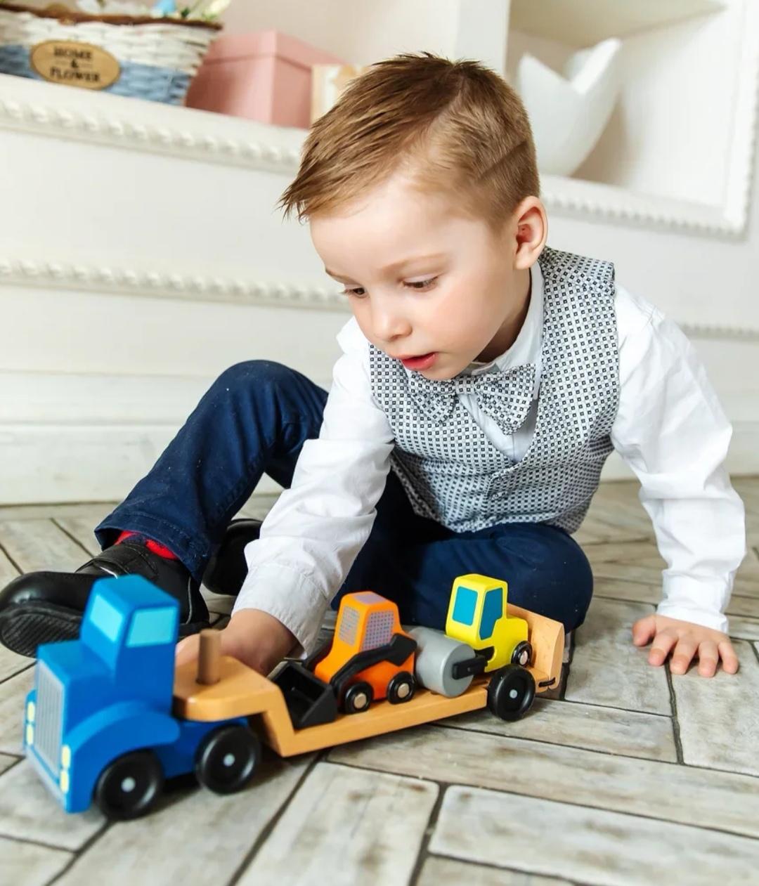 """Машинка BeeZee Toys Набор деревянных игрушечных машинок """"Погрузчик автовоз"""", в наборе погрузчик, экскаватор, трактор Melissa and Doug, транспорт детский"""