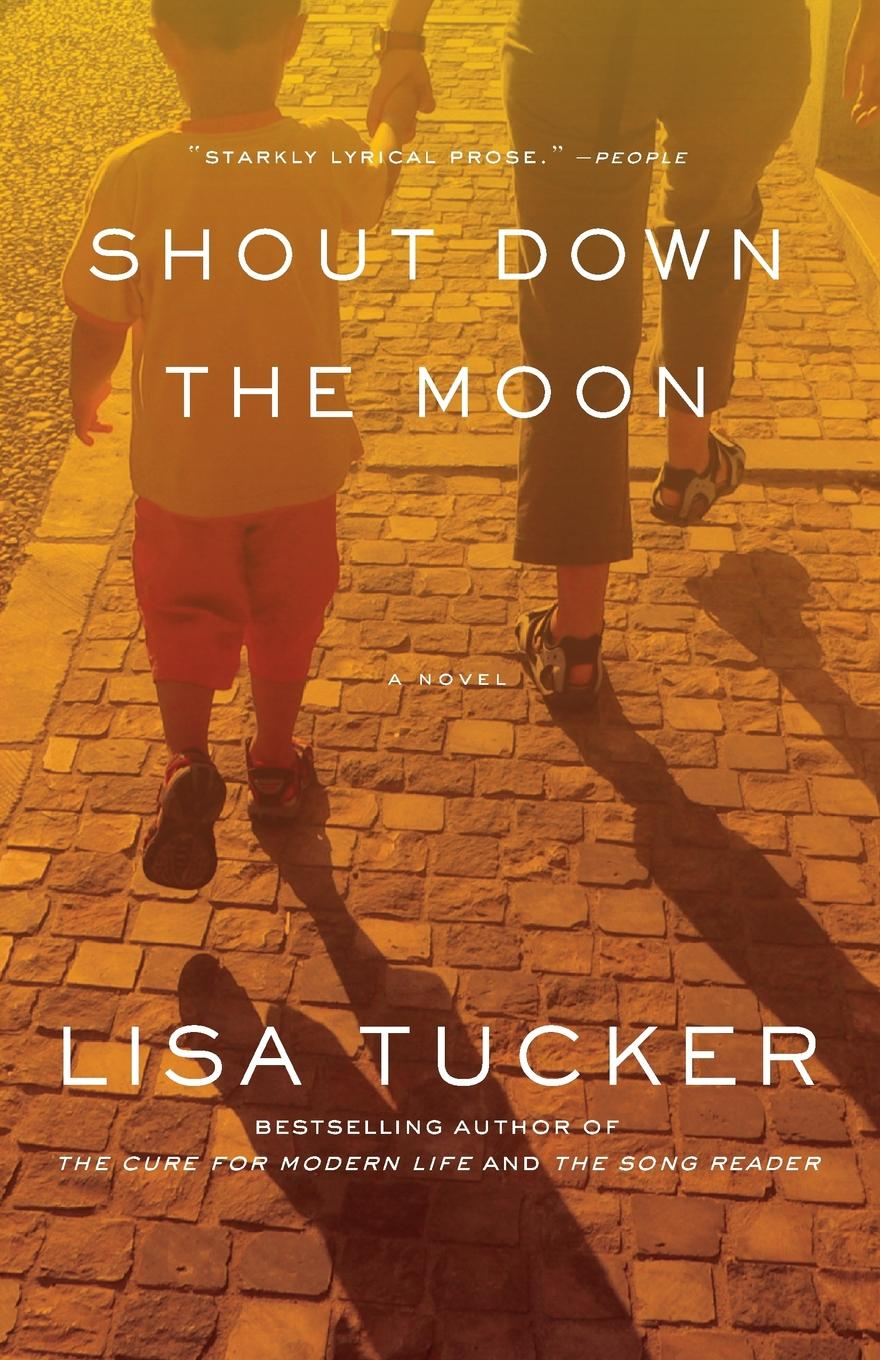 Lisa Tucker Shout Down the Moon (Original) rollins j blackwood g war hawk a tucker wayne novel