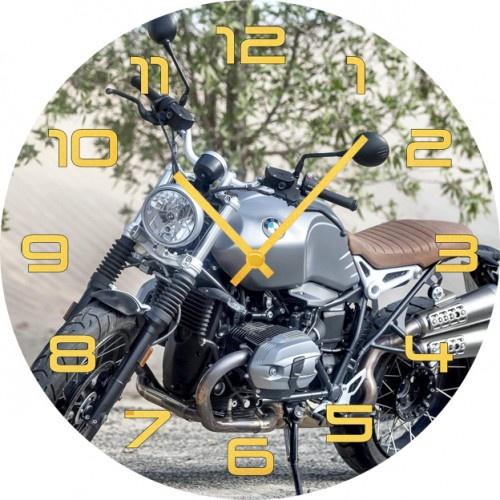 Настенные часы Kitch Clock 35018333501833Настенные часы. Модель для современного интерьера. Механизм: Кварцевый. Корпус: Дерево. Размер: Диаметр 35 см. Рисунок: Модный мотоцикл