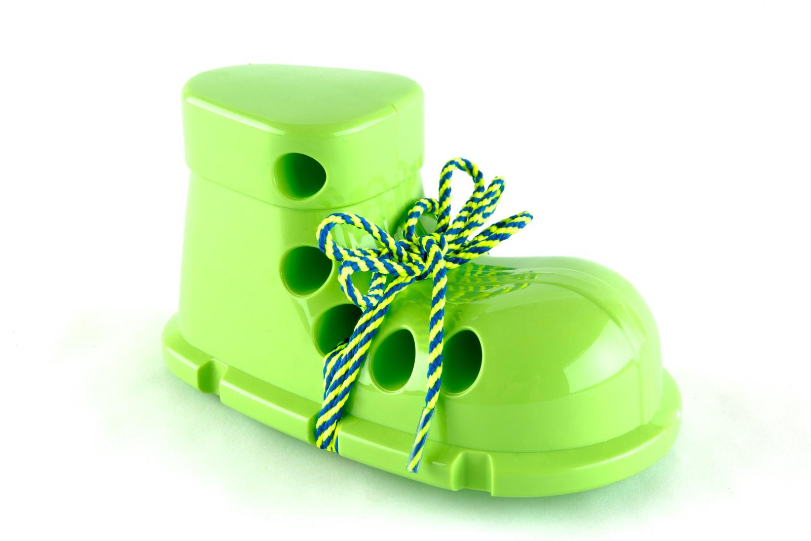 Шнуровка Пластмастер 14502 зеленый
