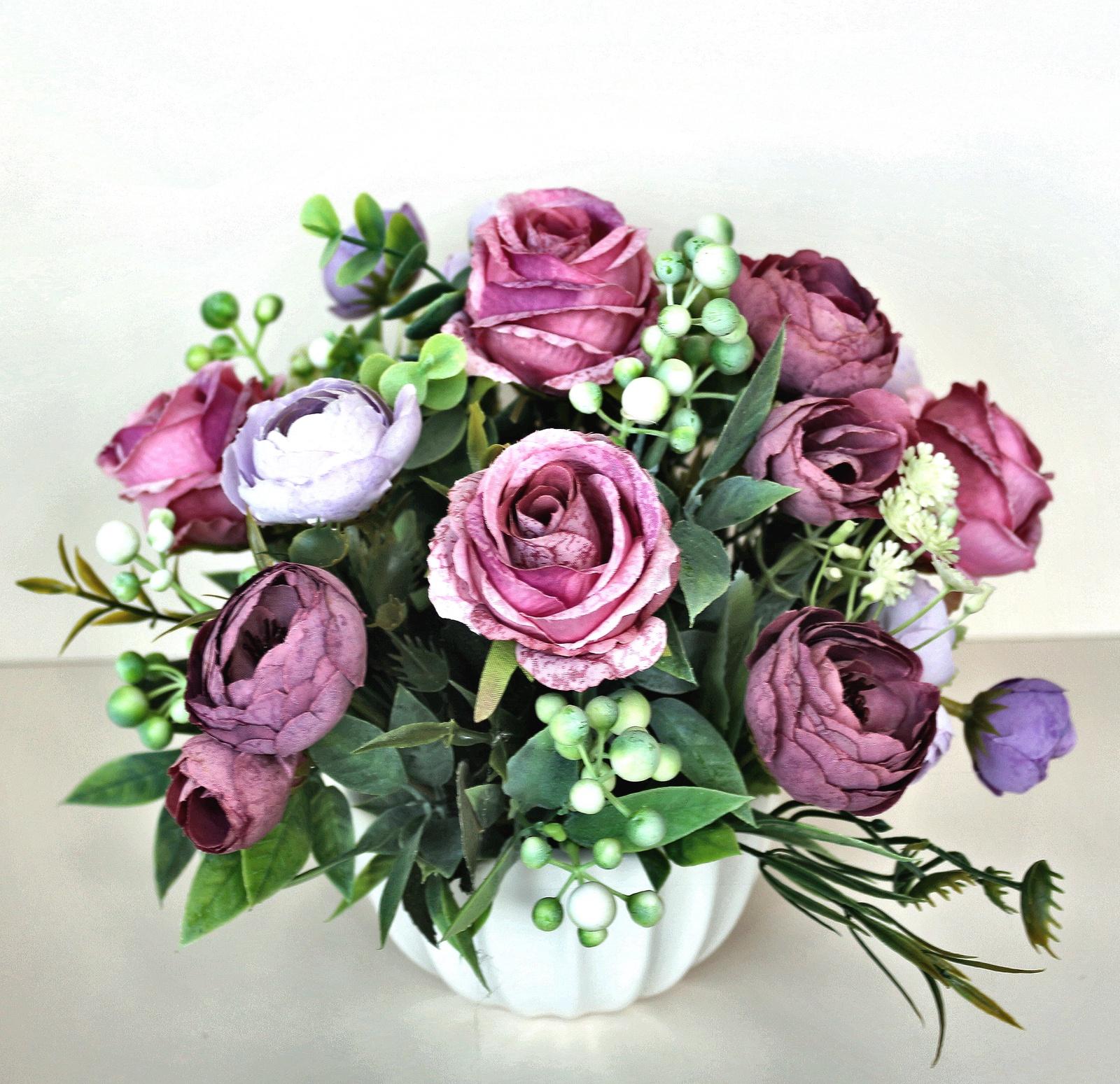 Искусственные цветы 403179, Текстиль букет белых роз в кашпо