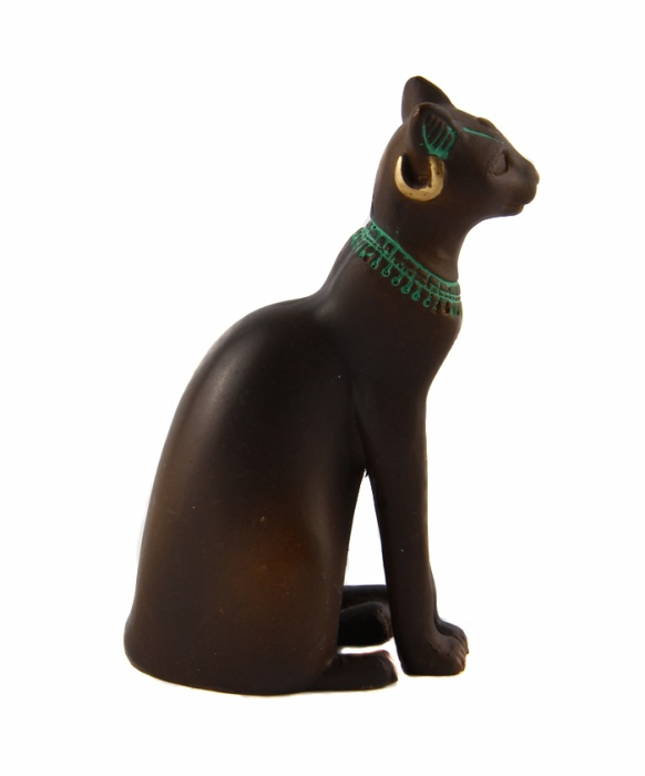 Статуэтка Кошка в древнеегипетском стиле из серии The Curio Cabinet Cats Collection. Бронза, роспись. The Franklin Mint, США, конец XX века статуэтка кошки символизирует