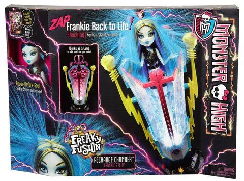 Игровой набор Mattel Комната подзарядки с Фрэнки Штейн mattel monster high dvh72 школа монстров электро фрэнки из серии под напряжением