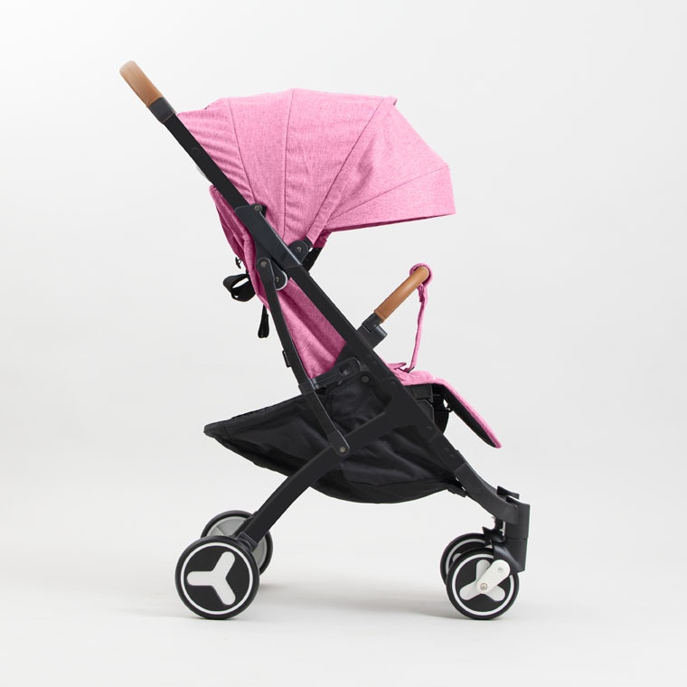 Коляска прогулочная YOYA PLUS 3 Розовая черная рама , накидка на ножки в подарок коляска as seen on tv yoya 175 brown
