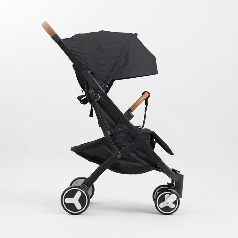 Коляска прогулочная YOYA PLUS 3 Черная,черная рама ,накидка на ножки в подарок коляска as seen on tv yoya 175 brown