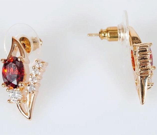 Серьги бижутерные Lotus jewelry 3023E-27gn, Ювелирный сплав, Гранат, красный цена
