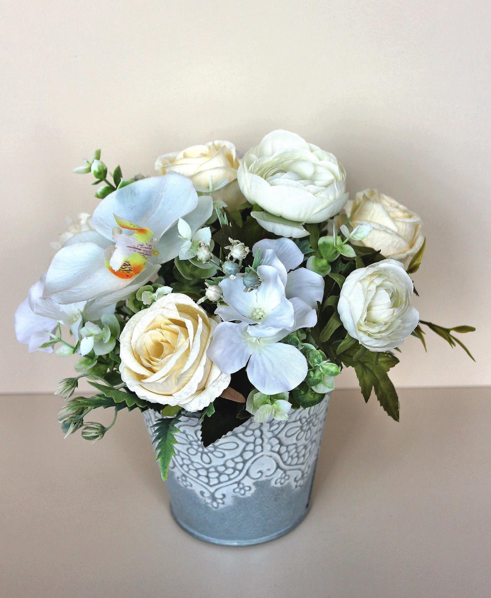 Искусственные цветы 403214, белый букет белых роз в кашпо