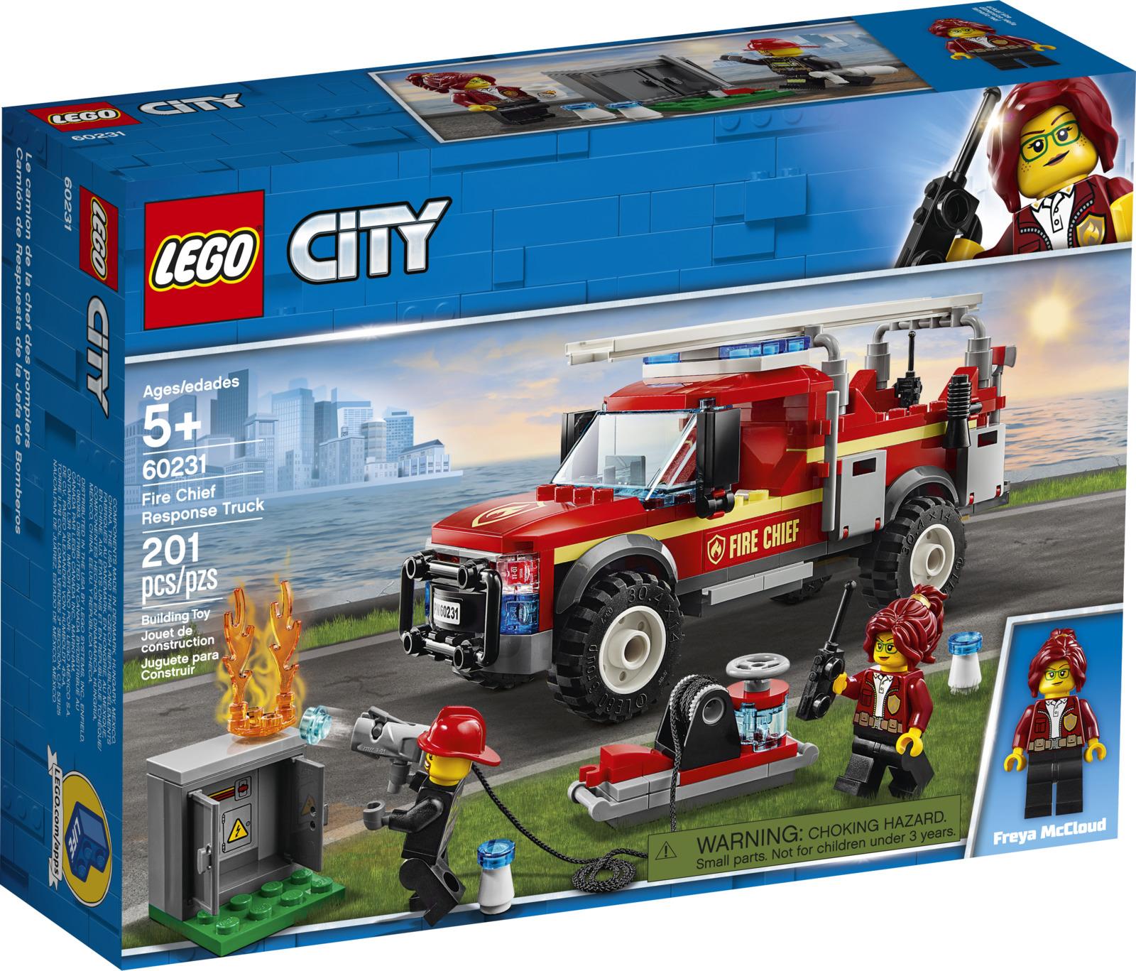 цена на LEGO City Town 60231 Грузовик начальника пожарной охраны Конструктор