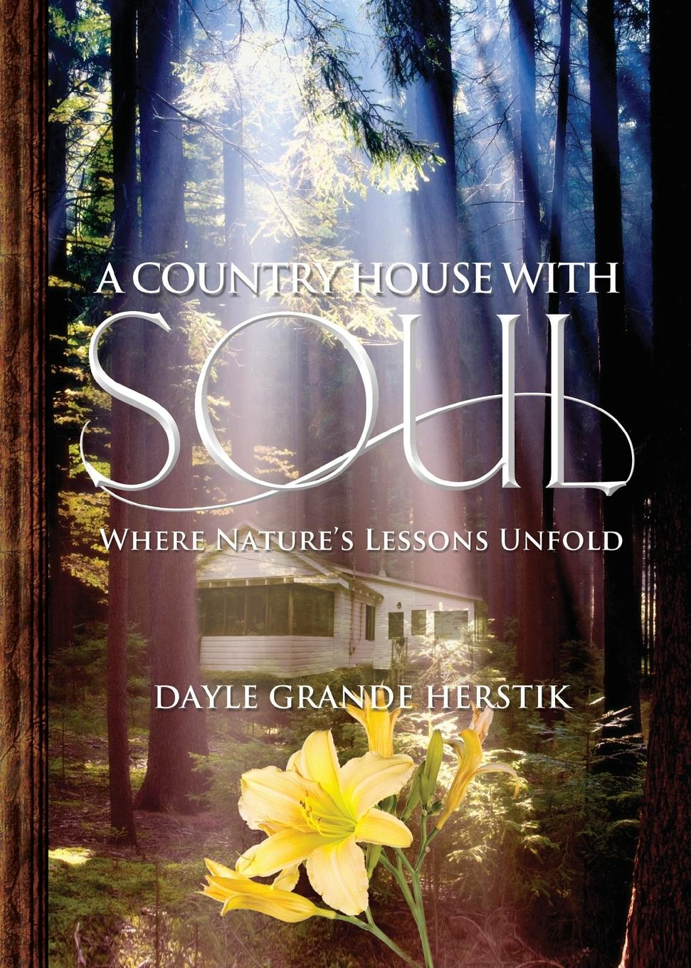 Фото - Dayle Grande Herstik A Country House with Soul. Where Nature.s Lessons Unfold contrast lace keyhole back blouse