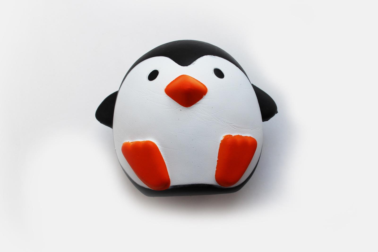 Игрушка антистресс ТОТЕМ Squishy милый пингвин белый, черный, желтый