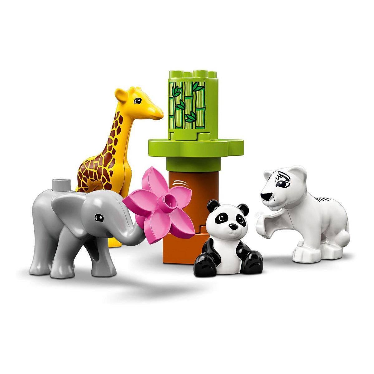 Пластиковый конструктор LEGO 10904