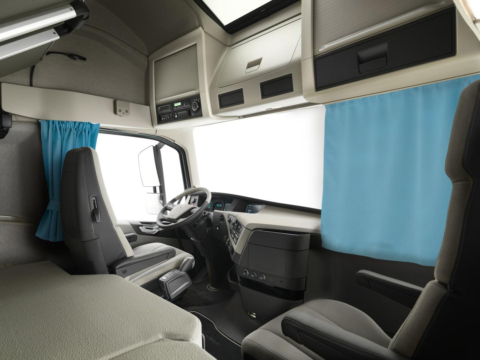 Фото - Комплект автоштор Эскар Blackout - auto XL, голубой, 2 шторы 240 х 100 см, 2 шторы 120 х 160 см, 2 подхвата шторы для комнаты blackout комплект штор к326 32 кофе с молоком 200 240 см