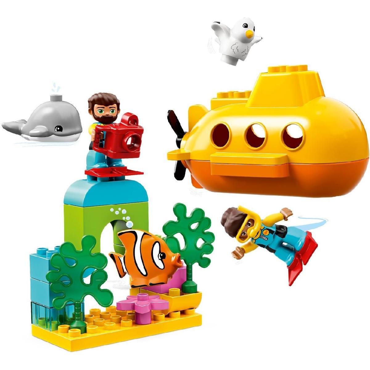 Пластиковый конструктор LEGO 10910