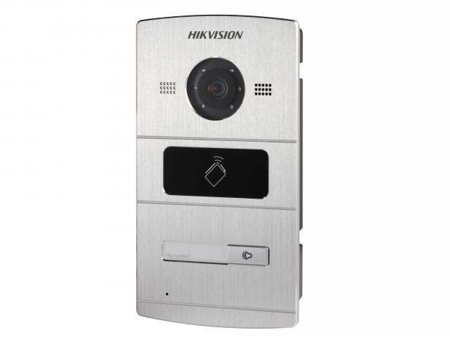 Вызывная панель HIKVISION DS-KV8102-IM, серебристый includes mounting box hikvision ds kv8102 1a ds kv8102 im visual intercom doorbell waterproof ic card ip intercom