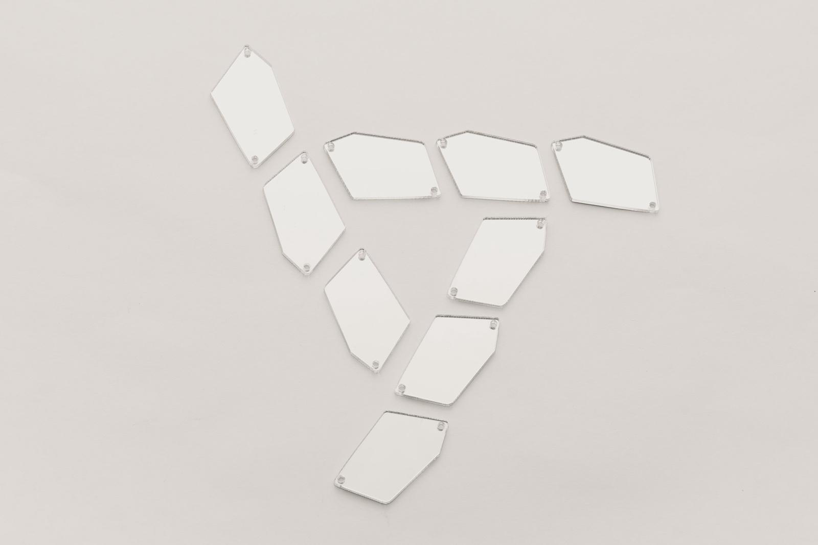 Стразы CASP Lase Пятиугольник 31х20
