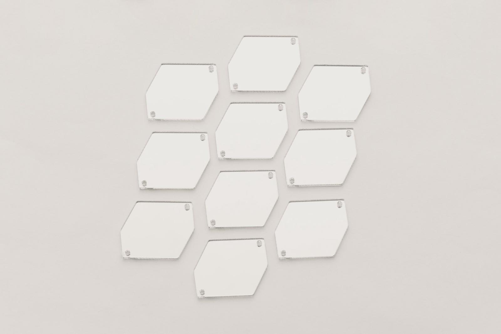 CASP Lase ШЕСТ1520 Комплект акриловых пришивных зеркал/страз Шестиугольник 15х20