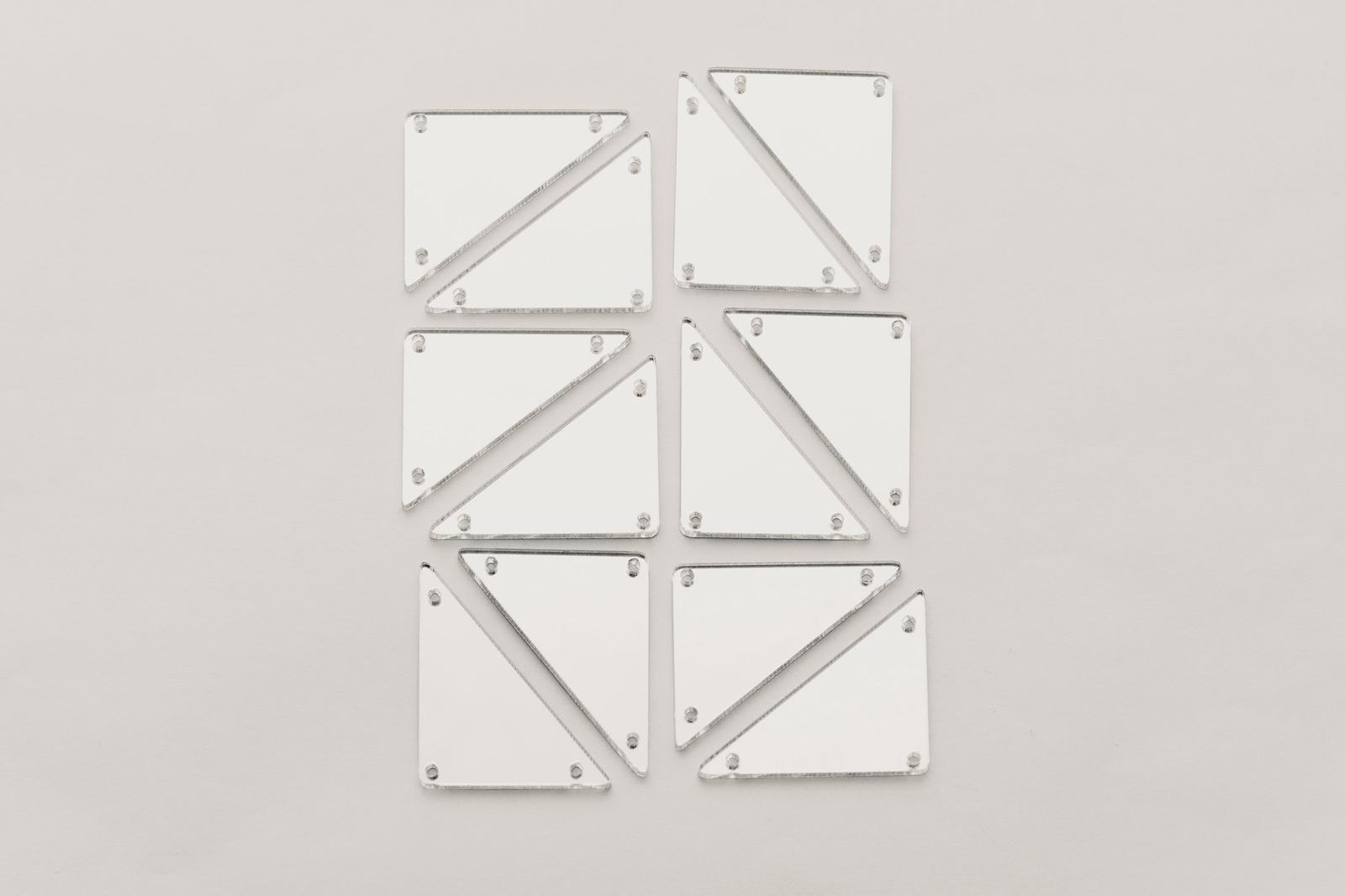 Стразы CASP Lase Треугольник 40х30