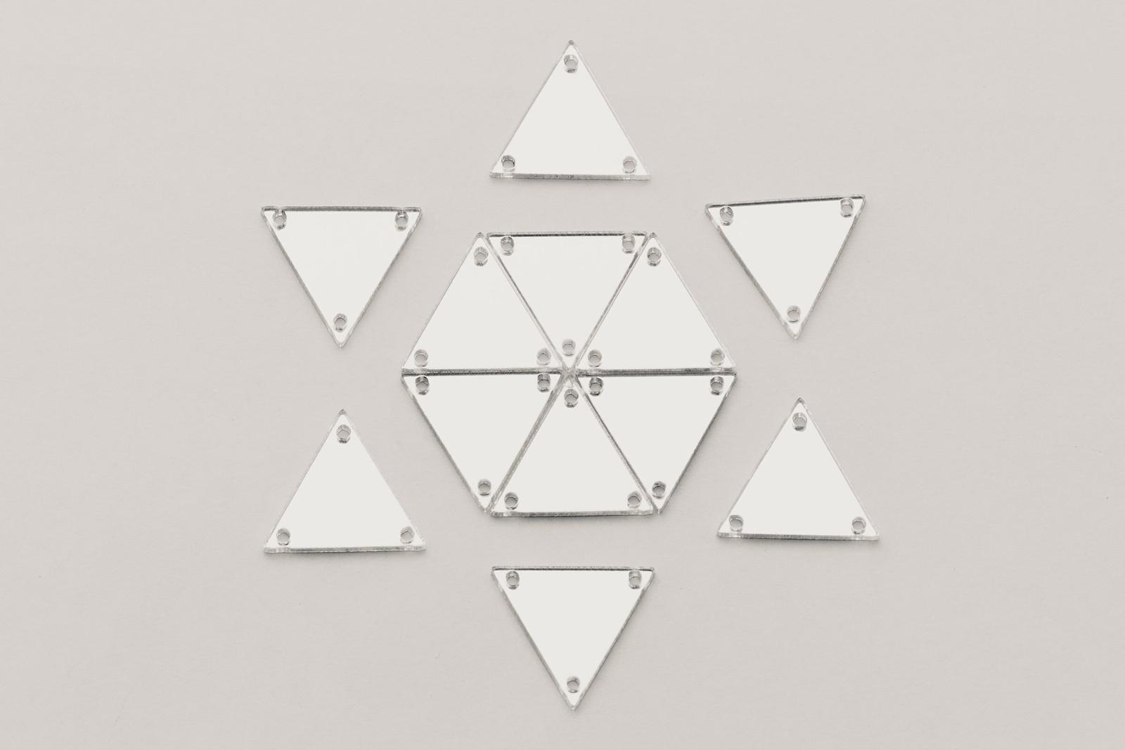 CASP Lase ТРЕ25 Комплект акриловых пришивных зеркал/страз Треугольник