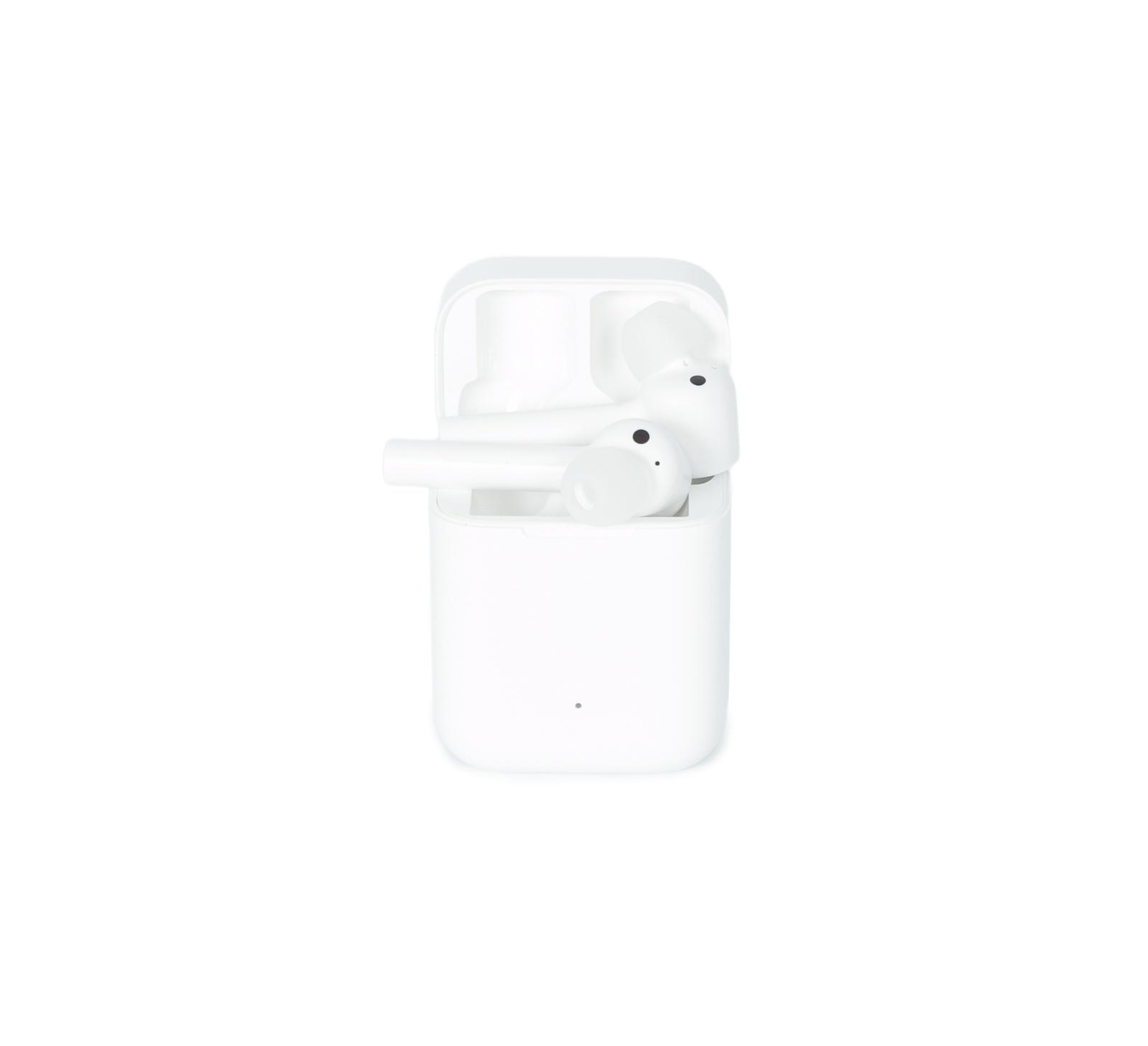 лучшая цена Беспроводные наушники Xiaomi Mi True, белый