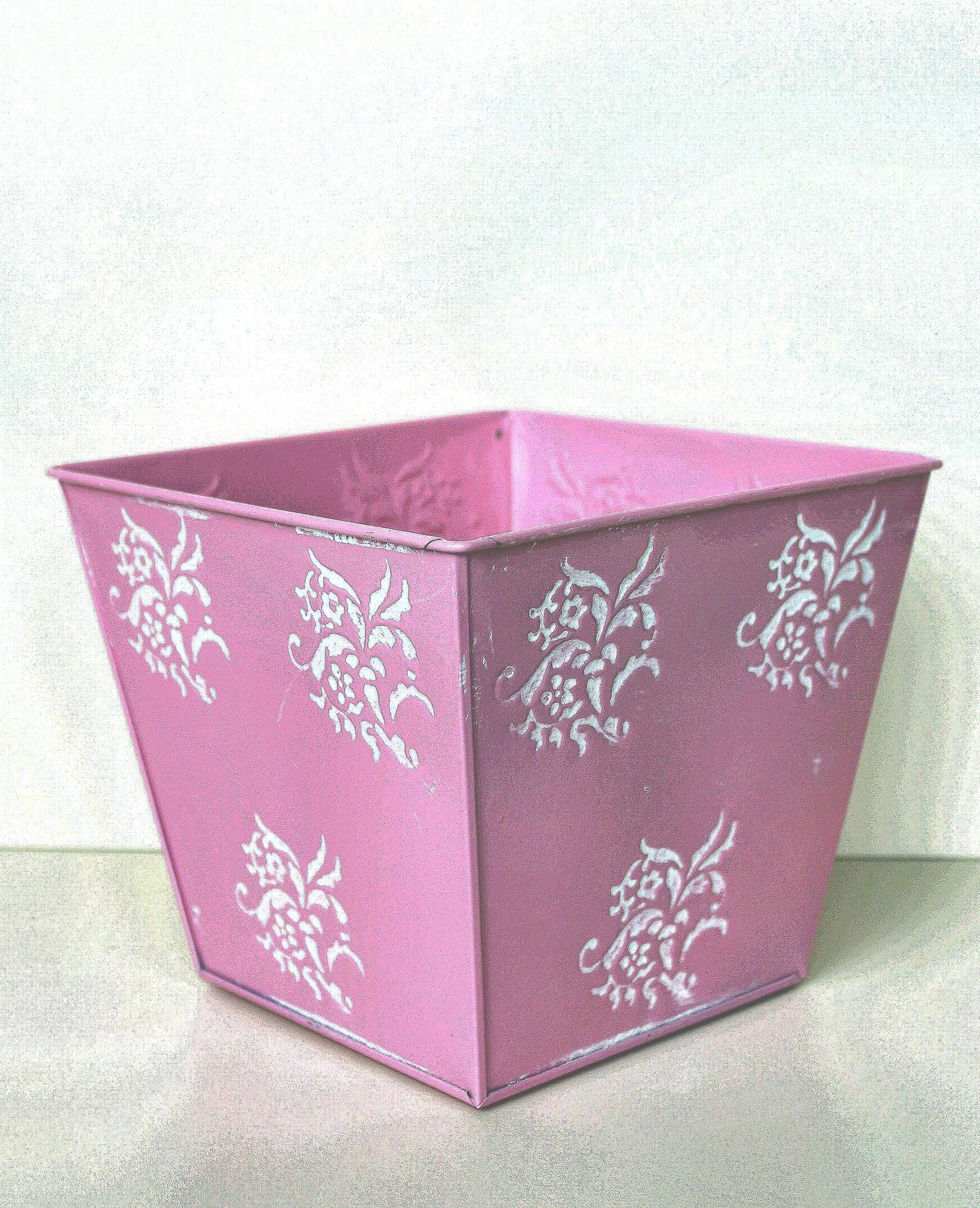 Кашпо 403335, розовый квадратное кашпо keter cube planter m