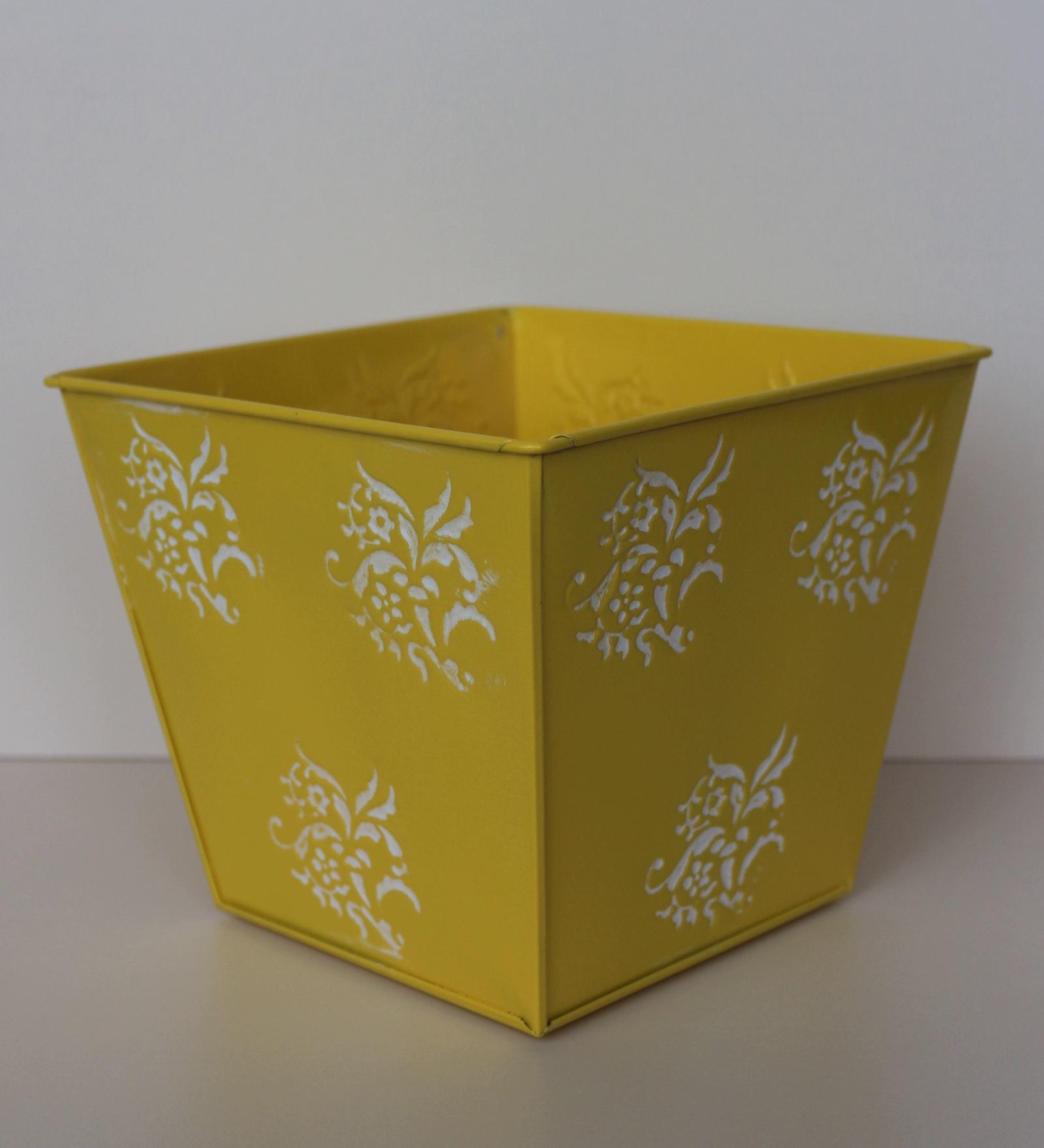 Кашпо 403337, желтый квадратное кашпо keter cube planter m
