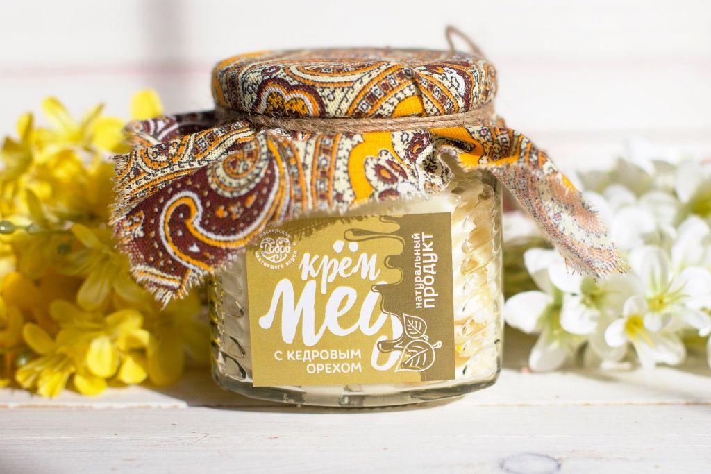 Мед-суфле ТМ Добро Горный крем-мёд с кедровыми орехами Стеклянная банка, 250 г. мед ice honey с тыквой и айвой 200г стеклянная банка