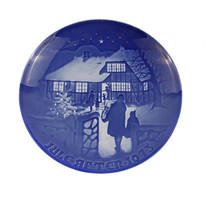 Фото - Декоративная тарелка Copenhagen Porcelain Рождество за городом, белый, синий, голубой тарелка turon porcelain атлас цвет белый синий золотистый диаметр 22 5 см