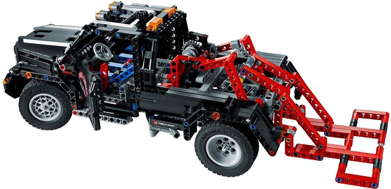 Фото - Пластиковый конструктор LEGO 9395 lego technic 42076 конструктор лего техник корабль на воздушной подушке