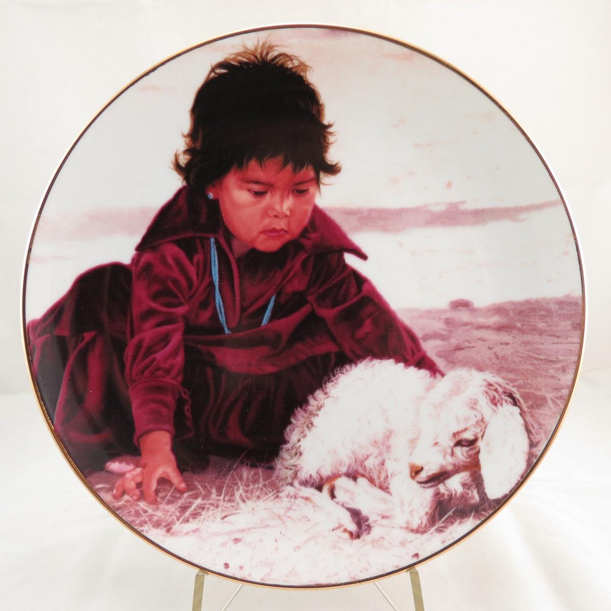 """Декоративная тарелка The Hamilton Collection """"Гордая нация: Всего Несколько Дней От Роду"""". Фарфор, деколь, золочение. США, Рей Свенсон, 1988"""