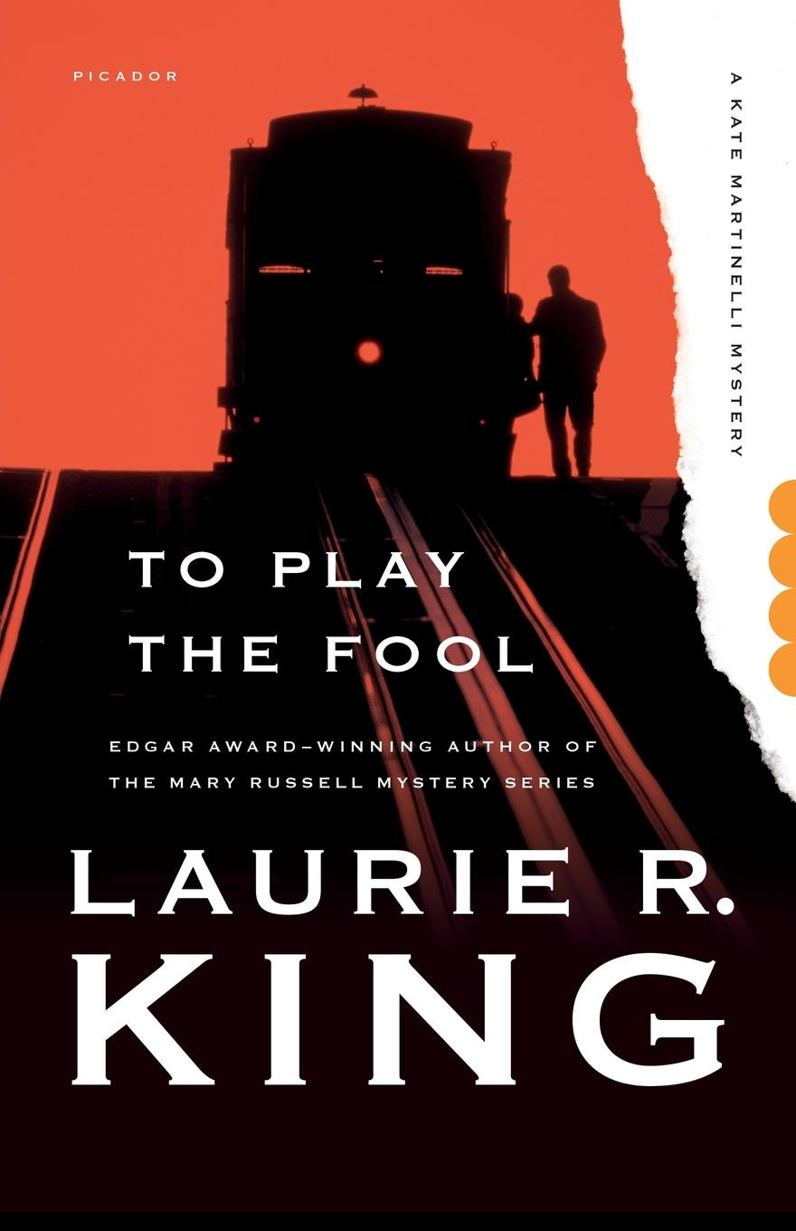 LAURIE R. KING TO PLAY THE FOOL fool s quest book 2 of the fitz and the fool trilogy