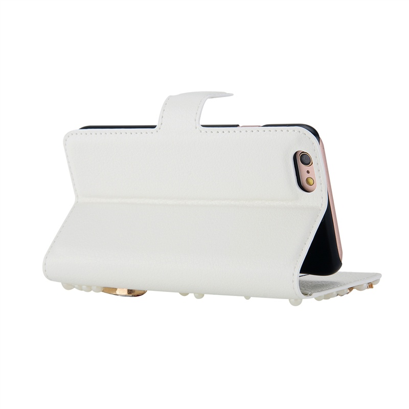 Кожаный чехол-подставка с магнитной застежкой и отделениями для карт с украшением из бусин и страз для LG G4 Beat / G4S (белый) все цены