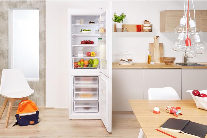 Холодильник Indesit DS 4180 W, двухкамерный, белый Indesit