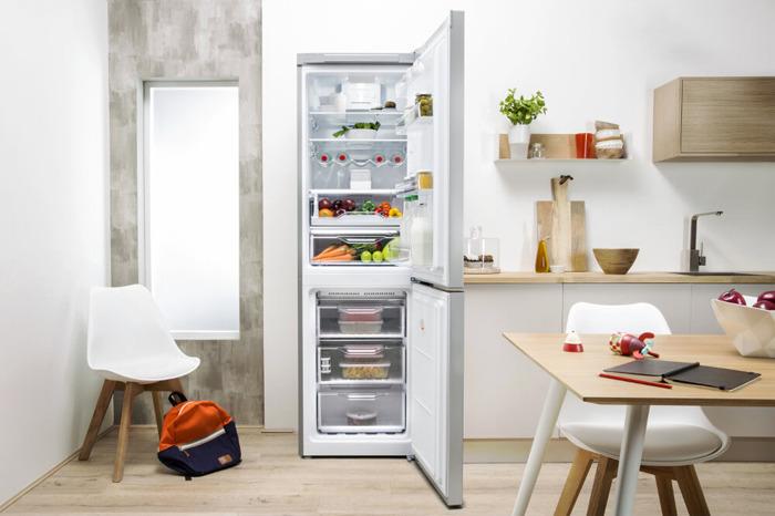 Холодильник Indesit DF 5180 S, двухкамерный, серебристый Indesit