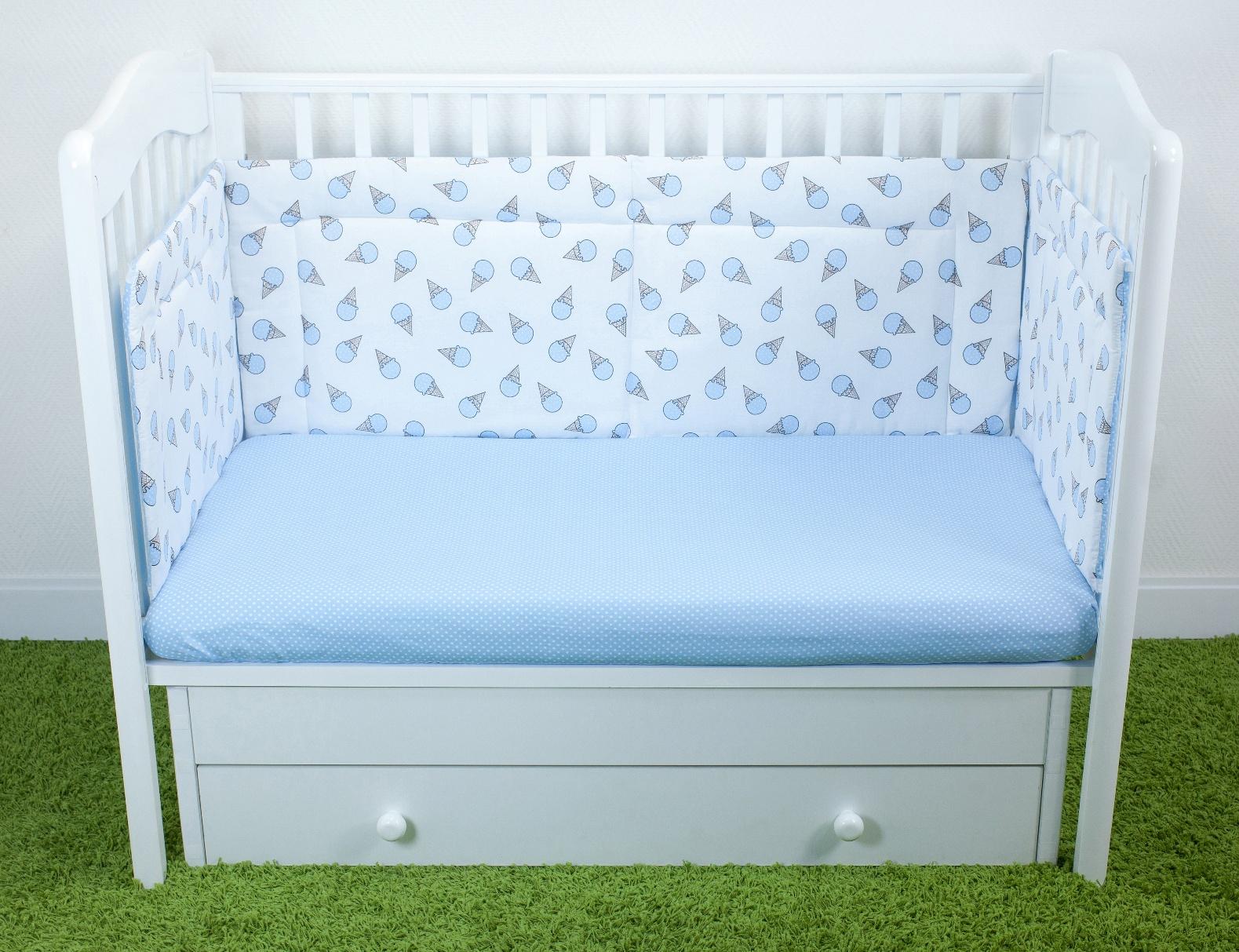 Фото - Бортики для детской кроватки Magic City Черничный десерт 45x60 бортики в кроватку лапуляндия бортики домики для мальчика 120х60