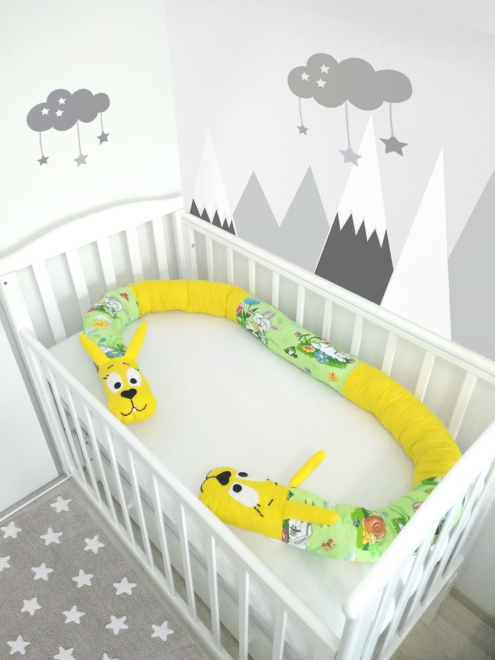 Бортик в кроватку Pillolu Зайчонок (желтый, салатовый)