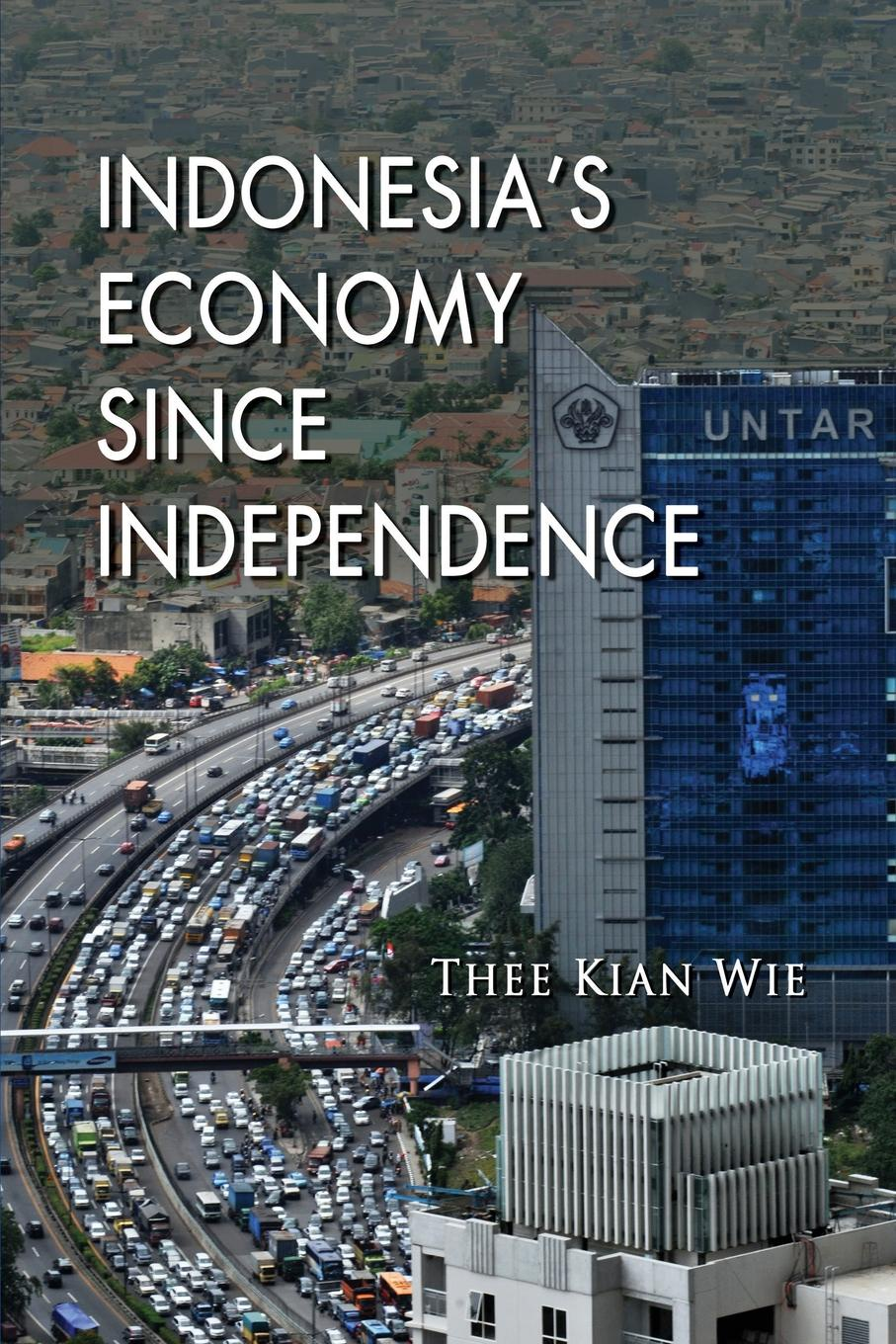 цены на Thee Kian Wie Indonesia's Economy since Independence  в интернет-магазинах