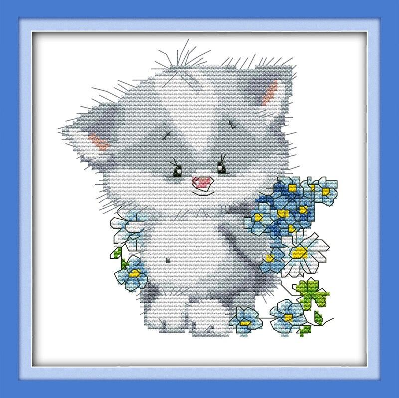 Набор для вышивания NKF Lovely little cat presents a bouquet