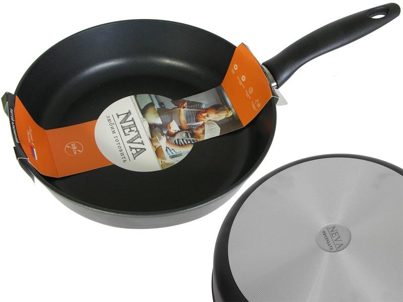 Сковорода 28 см литая с антипригарным покрытием Neva Black