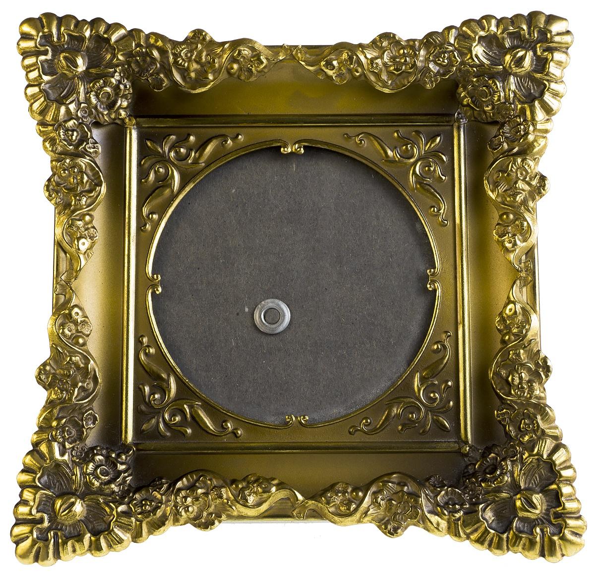 Рамка для фото в старинном стиле. Металл, стекло, пластик. Дания, конец 20 века. бижутерия 19 века фото