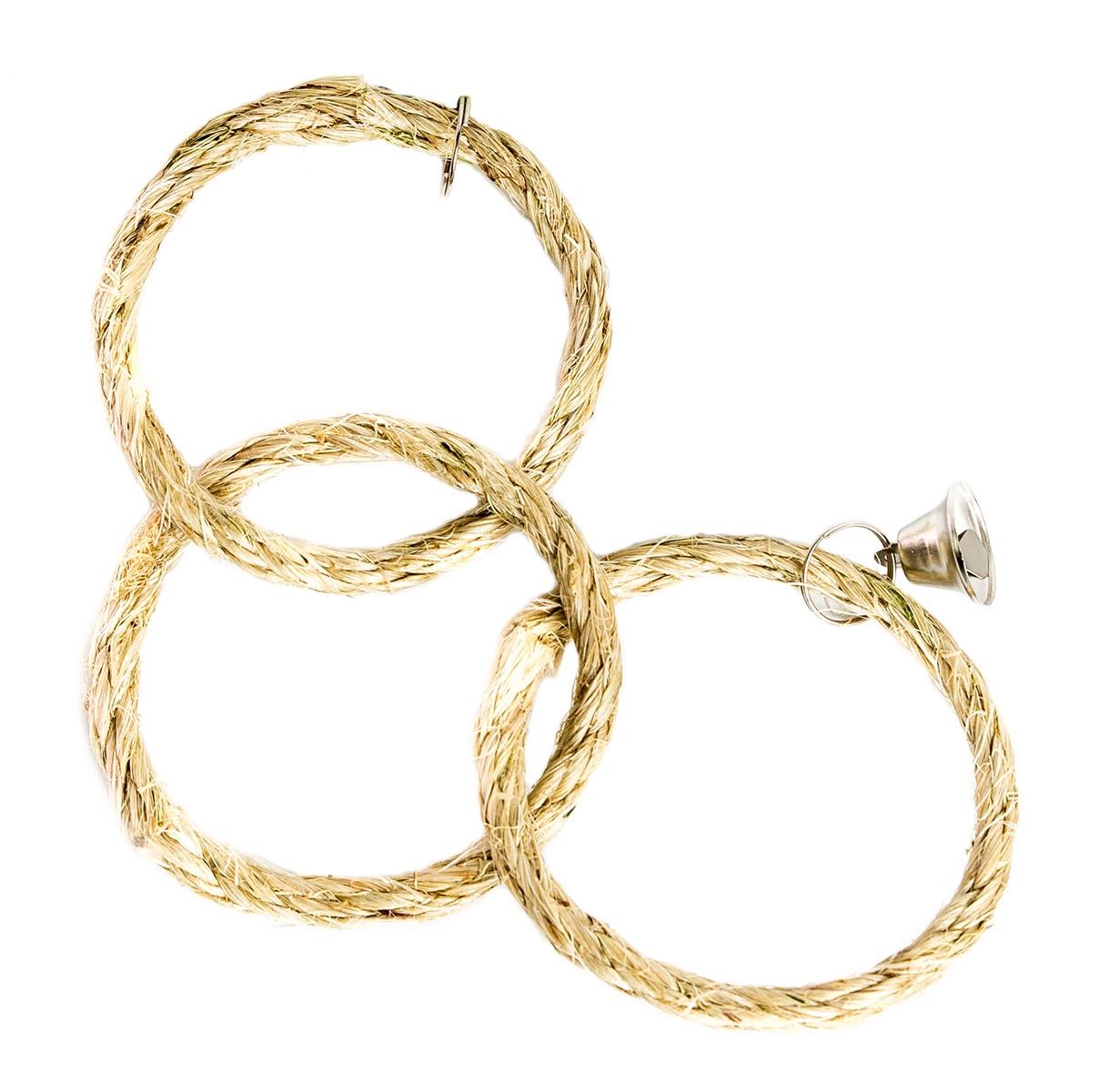 Игрушка для птиц Три сизалевых кольца zoobaloo игрушка для птиц кольцо сизаль с колокольчиком 15см