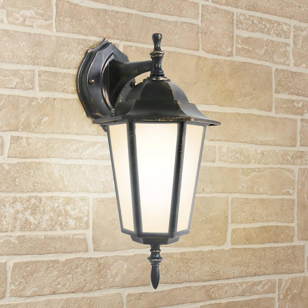 Уличный светильник Elektrostandard 4690389085680, E27 уличный настеный светильник elektrostandard 1004d черный 4690389085697