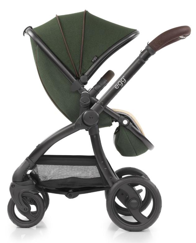 Egg Коляска прогулочная Country Green & Black Chassis прогулочный блок для второго ребенка egg tandem seat petrol blue