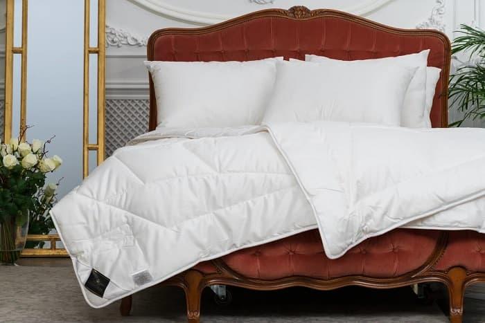 Одеяло Trois Couronnes Royal Bamboo одеяло натуральное 320 г м² 70% пуха обработка против клещей