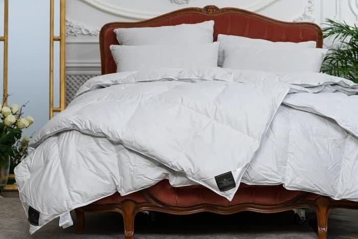Одеяло Trois Couronnes Royal Wild Duck Down 240х220 одеяло натуральное 320 г м² 70% пуха обработка против клещей