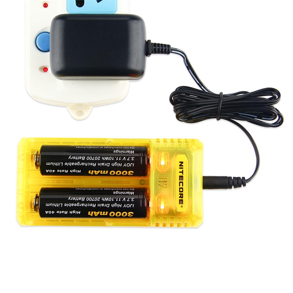 Q2 2-slot 2A Quick Charger,Зарядное устройство для аккумуляторов Q2 имеет революционный режим зарядки для батарей IMR заряжает...